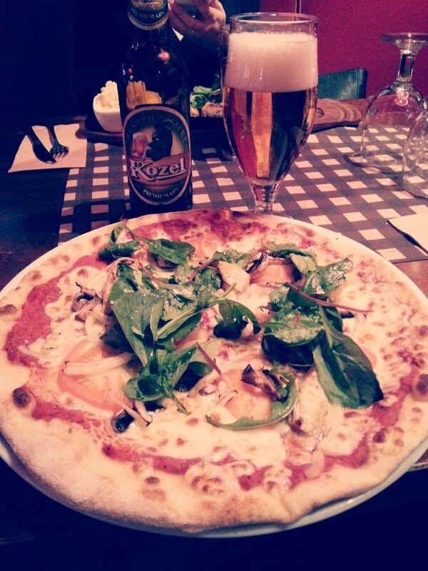 pizza och öl