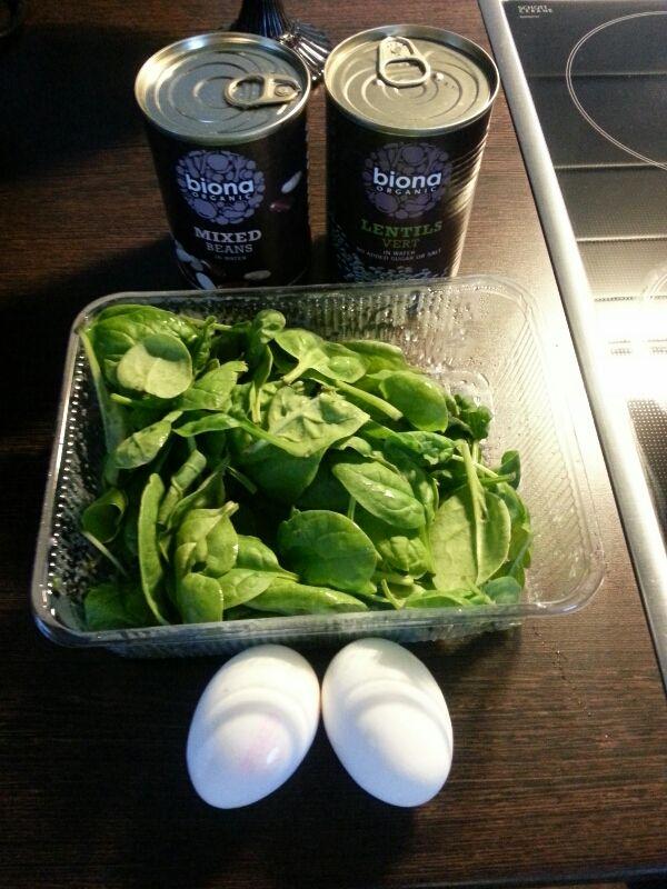 morgonmål spenat, ägg, linser