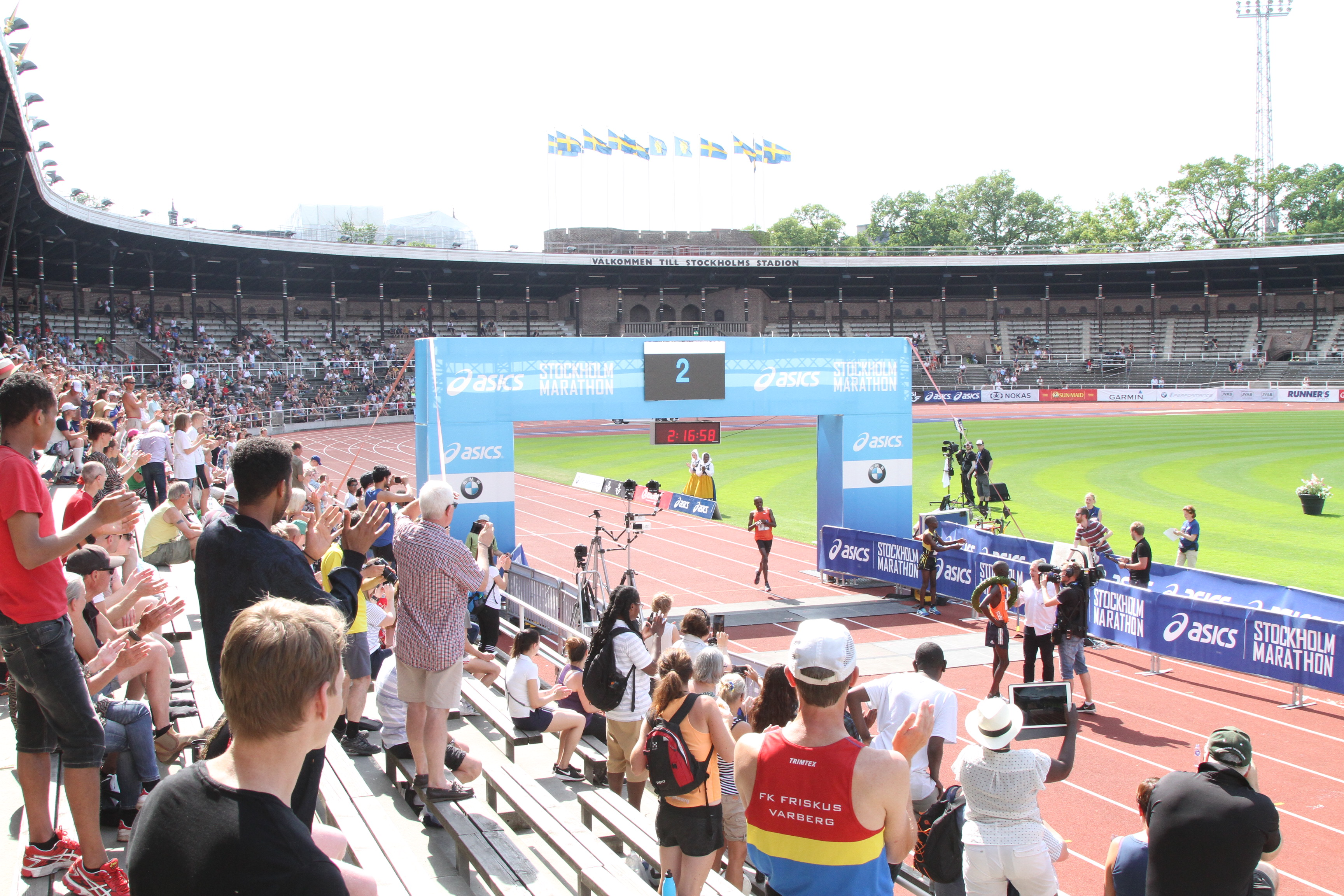 stockholm marathon 2018 målgång eliten