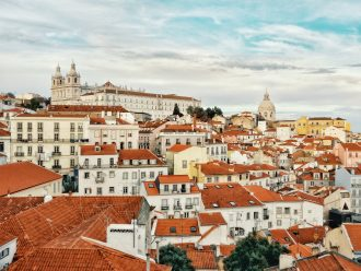 bo i Lissabon
