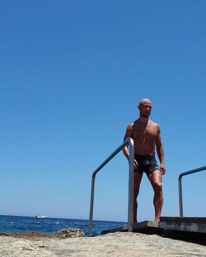 simning malta